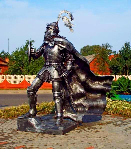 Памятник рыцарю в Новогрудке